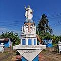 A statue of Christ the King at the entrance of St Elizabeth's Church, Ucassaim, Goa.jpg