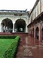 Agra Fort inside.jpg