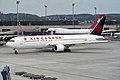 Air Canada Boeing 767-333-ER C-FMWW (27125261561).jpg