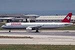 Airbus A321-111, Swissair JP6238132.jpg