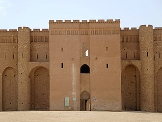 Gothic architecture - Al-Ukhaidir Fortress (completed 775 AD), Iraq