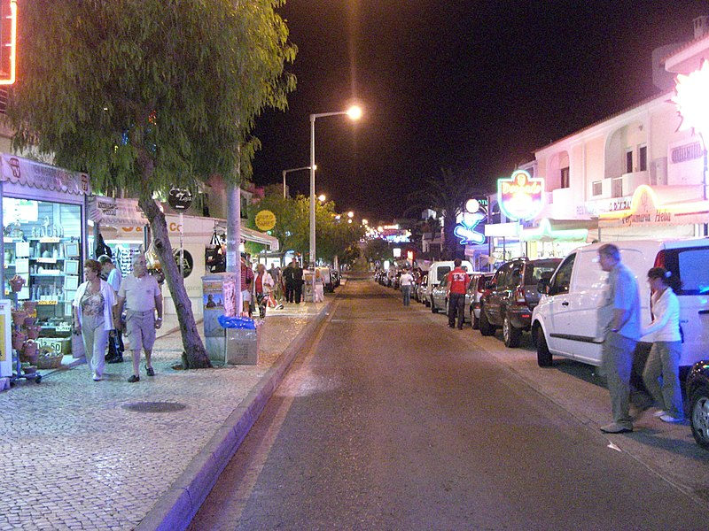 Image:Albufeira Nightlife1.jpg