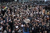 Ali Khamenei Praying for Ayatollah Hashemi Shahroudi05.jpg