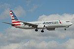 American Airlines Boeing 737-800 N842NN (16422937351).jpg