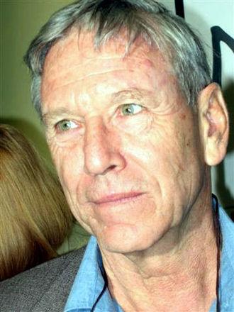 Amos Oz - Amos Oz in 2005