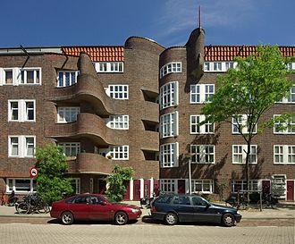 Rivierenbuurt (Amsterdam) - Image: Amsterdam Woonhuis Holendrechtstraat 1 47 003