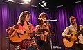 Amy Grant 9 03 2013 -1 (9671423980).jpg