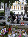 Amy Winehouse Memorial.jpg