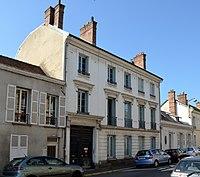 Ancien Hotel de Beauharnais 81 rue de France a Fontainebleau DSC 0072.jpg