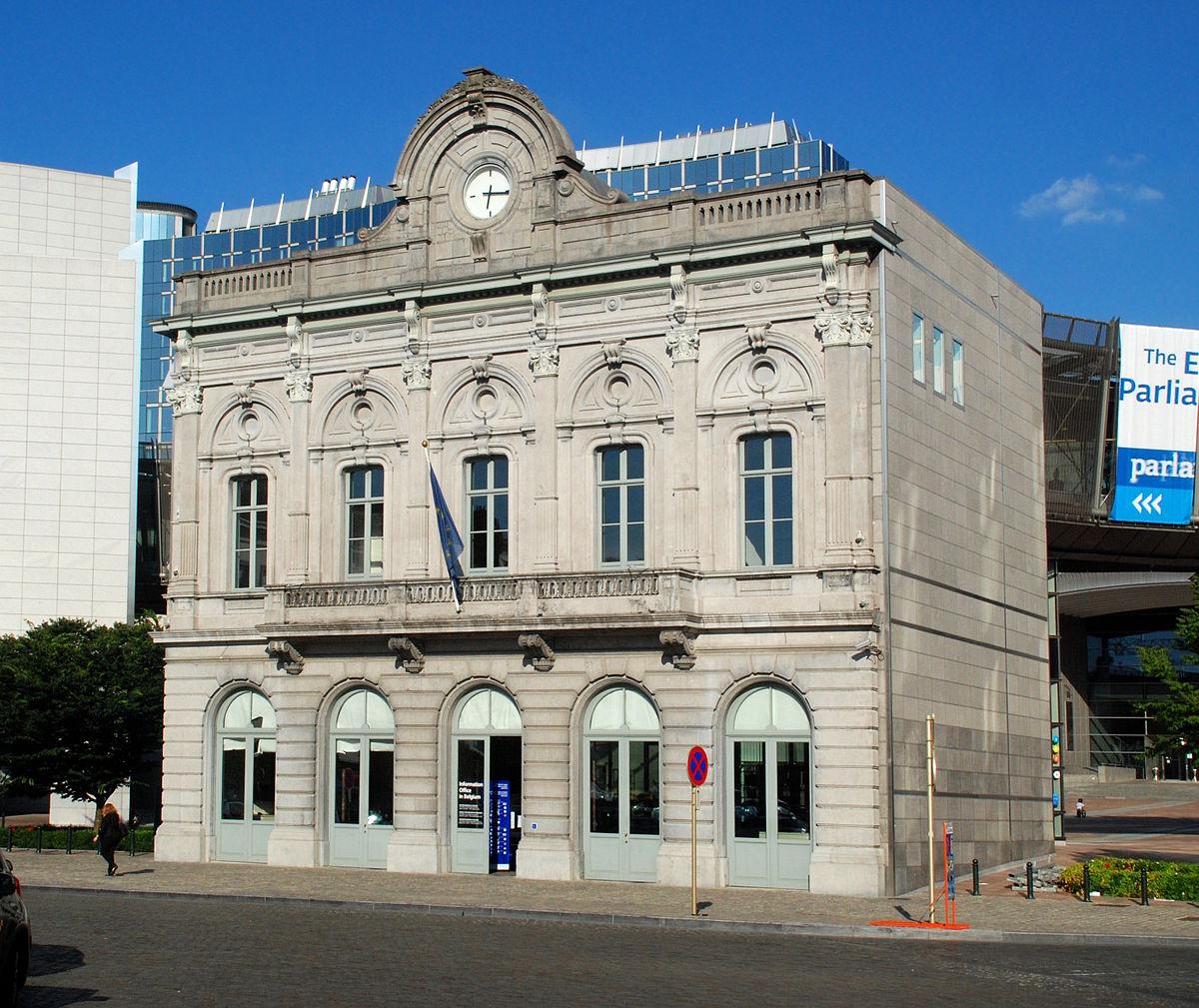 Gare de bruxelles luxembourg wikip dia for Architecture ancienne