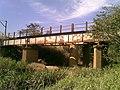 Antiga ponte ferroviária (Ytuana) sobre o Ribeirão Piraí no limite dos municípios de Salto e Indaiatuba. Ao lado dela está a atual (Variante Boa Vista-Guaianã km 212) - panoramio.jpg
