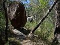 Balancing rock (24077399154).jpg