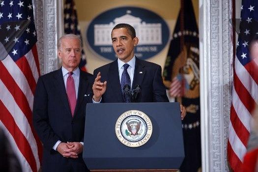 Barack Obama & Joe Biden speak about implementation of ARRA 3-20-09