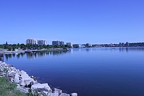 Barrie waterfront (14567978673).jpg