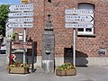 Bavay (Nord, Fr) chapelle, D 942.JPG