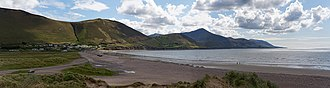 Iveragh Peninsula - Beach at Rossbeigh in the Dingle Bay