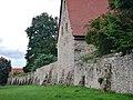 Beim 366 km langen Neckartalradweg, Klostermauer von Bad Wimpfen - panoramio.jpg