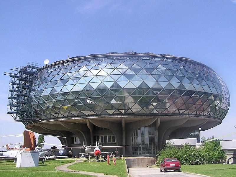 File:Belgrade-avio-museum.jpg