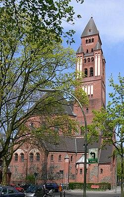 Berlin-Wilmersdorf St.-Marienkirche Bergheimer Platz.jpg
