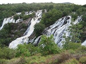 Bhara chukki falls @ shivanasamudra. Bhara chu...