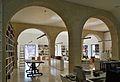 Biblioteca del museu d'Art Contemporani d'Alacant.JPG