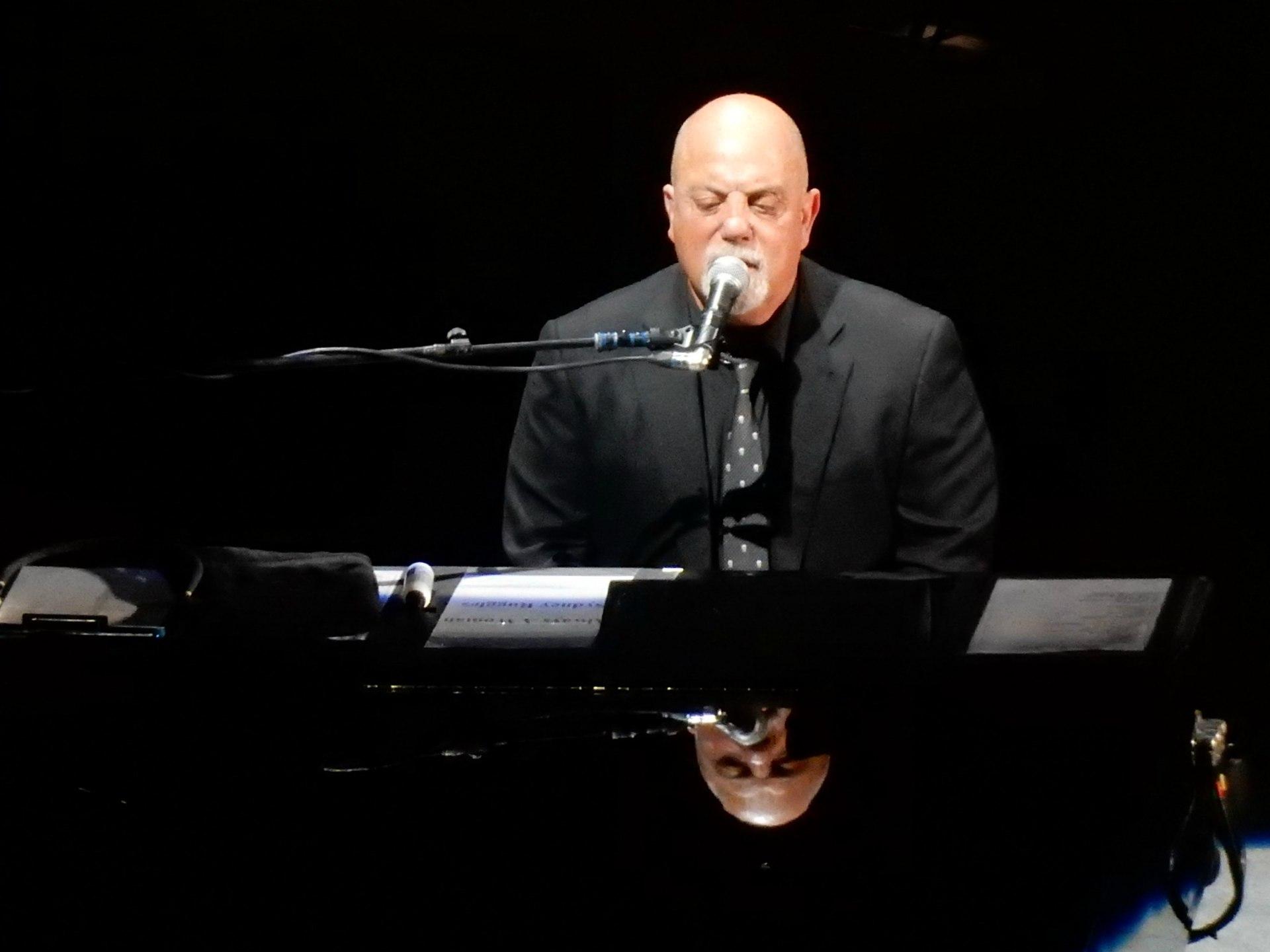 billy joel playing piano - photo #12