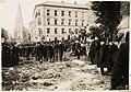 Bjørnstjerne Bjørnsons begravelse, 3. mai 1910, utenfor Trefoldighetskirken.jpg