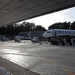 Boarding a Ryanair passenger jet at Krakow airport.JPG