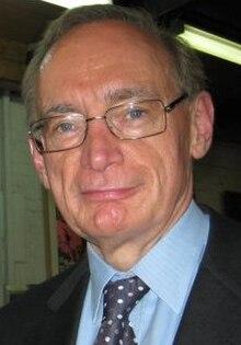 Bob Carr in 2009.jpg