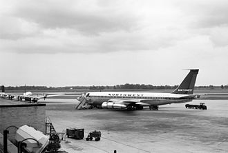 Northwest Airlines Flight 705 - N723US, the sister ship of the aircraft involved in the accident, photographed at Detroit Metropolitan Wayne County Airport in July 1962.