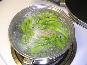 Boiling edamame by jonl