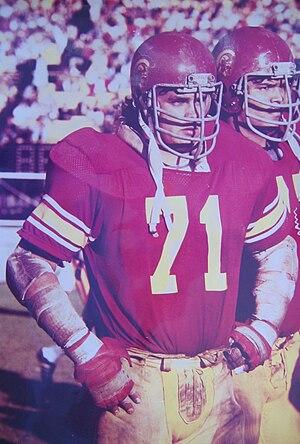 Brad Budde - Image: Brad Budde playing for USC