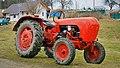 Bujanov-Suchdol, traktor (5121).jpg