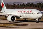 C-FIUF Air Canada Boeing 777-233(LR) coming in from Toronto (YYZ CYYZ) @ Frankfurt - International (FRA EDDF) 24.11.2016 (31221042135).jpg
