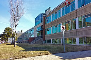 Commission scolaire Marguerite-Bourgeoys - Head office of CSMB along Côte-Vertu Boulevard in Saint-Laurent