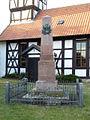 Calvörde-Zobbenitz, Kriegerdenkmal.JPG