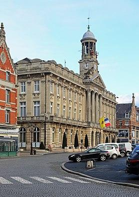 Cambrai Hôtel de Ville R01.jpg