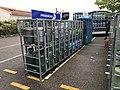 Carrefour Market Miribel - bouteilles de gaz.JPG
