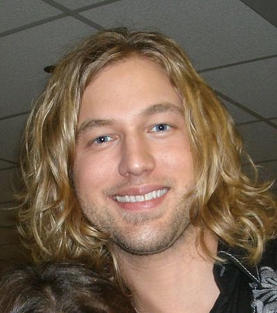 Picture of a band or musician: Casey James