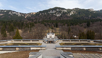 Linderhof Palace - Location of the palace