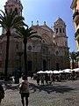 Catedral de Cádiz (vista lateral).jpg