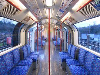 London Underground 1992 Stock - Image: Central line 92 Tube Stock DM Interior