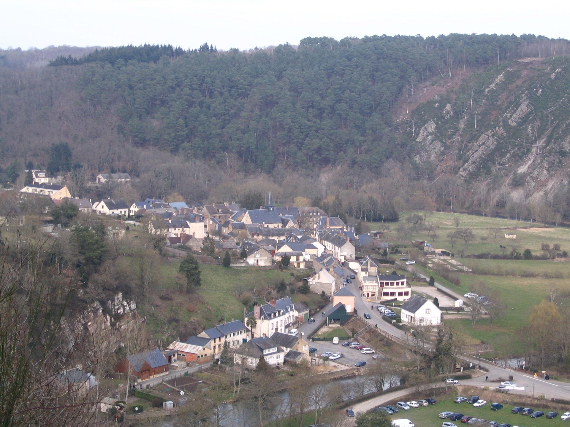 Saint Léonard des Bois Wikipedia # St Léonard Des Bois