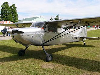 Cessna 170 - An early production Cessna 170