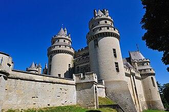 Château de Pierrefonds - Image: Chateau de Pierrefonds