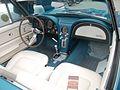 Chevrolet Corvette C2 Cabrio (innen).jpg
