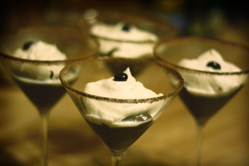 File:Chocolate pudding in glasses.jpg