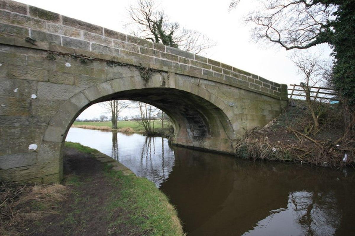 Claughton Lane Bridge - No 49 - geograph.org.uk - 1180359.jpg