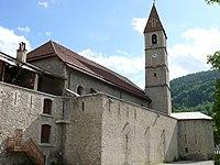 Colmars - Eglise Saint-Martin et remparts.JPG