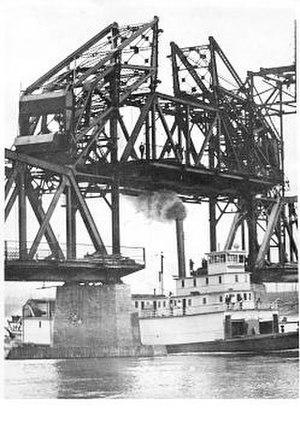 Conveyor (sternwheeler) - Conveyor under GTP bridge at Fort George 1914